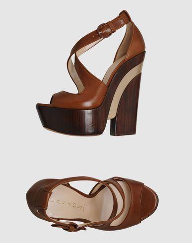 Beauty. #footwear #spring