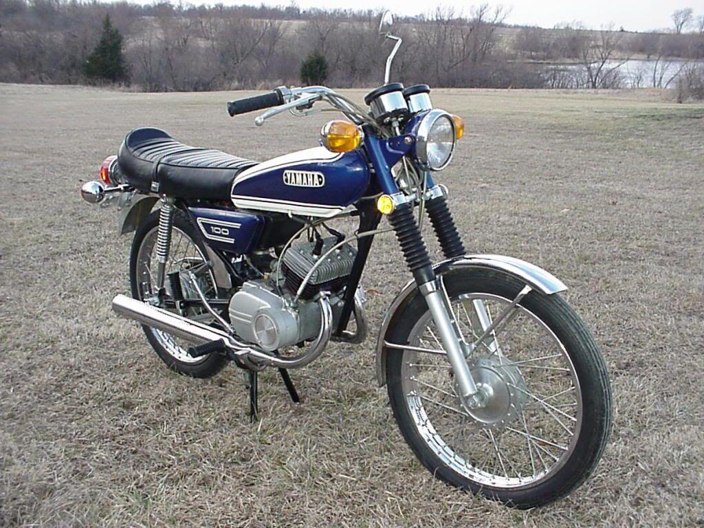 Yamaha 100 With Images Yamaha Bikes Vintage Bikes Classic
