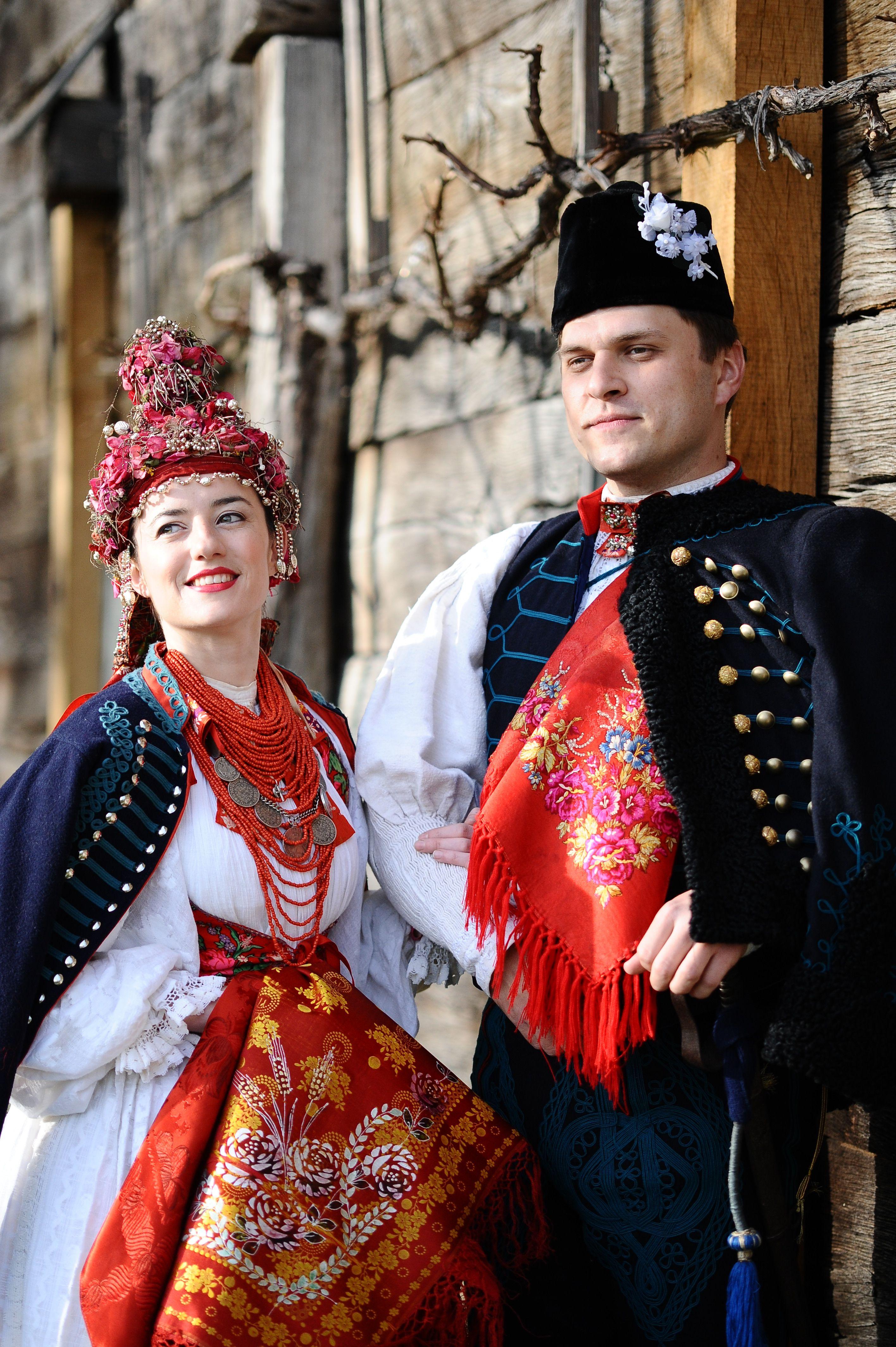 Croatia Turopolje Narodna Nosnja Turopolja Turopoljska Svadba Mladenci Iz Turopolja Zbirkagp Traditional Outfits Rare Clothing National Dress