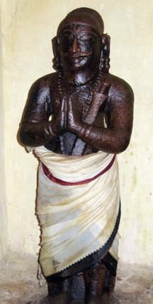 Special Features - A Divya Desam dedicated to Arjuna - Separate Sannidhi for Arjuna. Only Divya Desam in Thiru Nangur where both Rama and Krishna feature together as Utsava deities. Only Divya Desam in Thiru Nangur where an Azhwar other than Thirumangai has sung praise of the Lord. Read more: http://www.thehindu.com/arts/history-and-culture/article3631326.ece