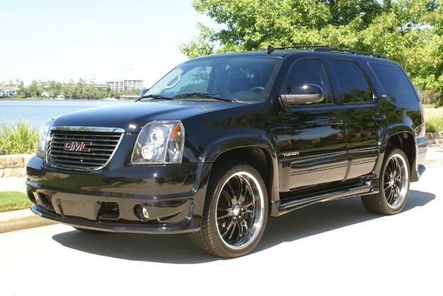 New 2012 Gmc Yukon Slt Black Widow Edition 1 678 Miles 56 750 Http Www Craveluxuryauto Com Web 2234 Vehicle 481250 2012 Gmc Yukon Yukon Slt Gmc Yukon