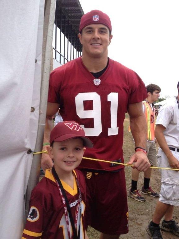 buy popular 977a5 07c9b Ryan Kerrigan is it just me of is he a hotty with a million ...