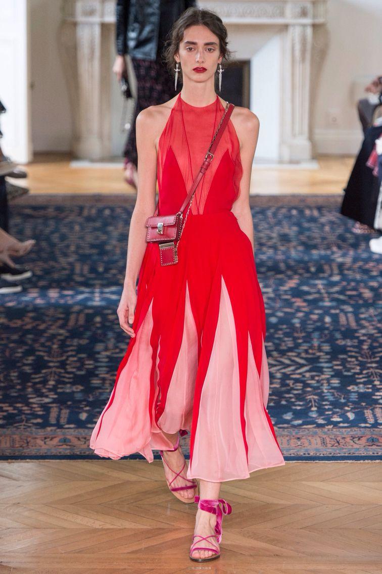 Posicion en resposo Valentino S17   moda   Pinterest   Valentino ...