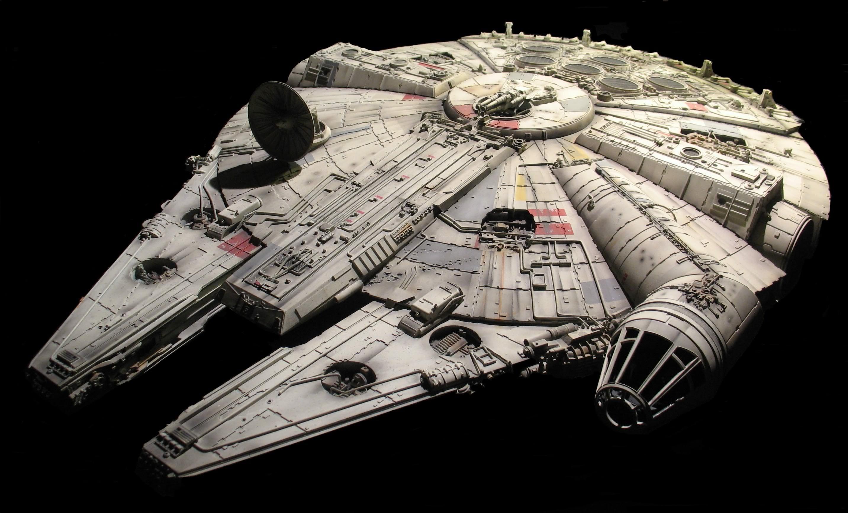 Star Wars Millennium Falcon Wallpapers Hd Desktop And Mobile Star Wars Wallpaper Star Wars Ships Star Wars Spaceships