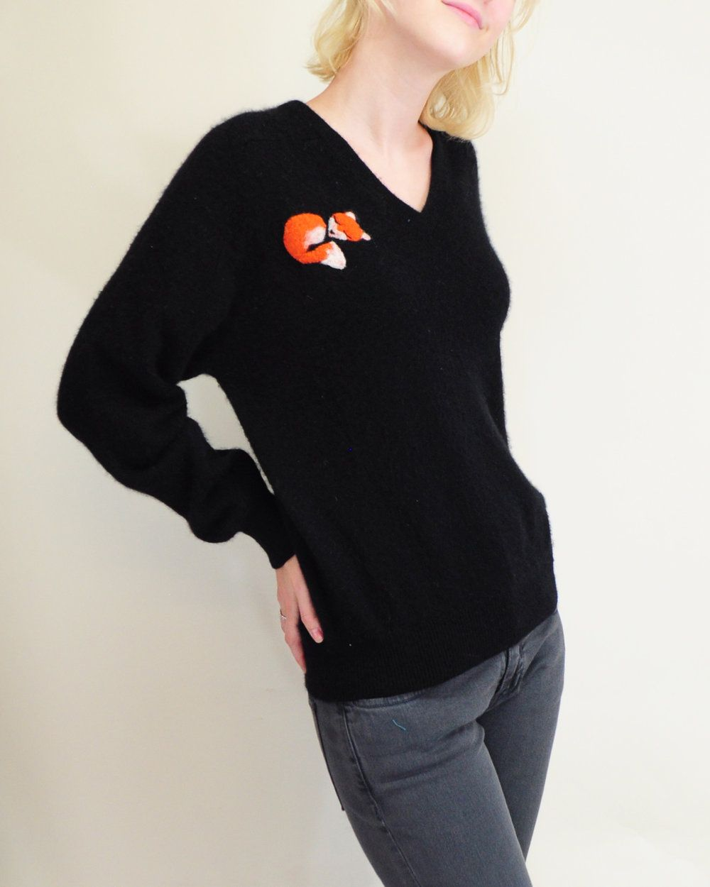 We love this oversized cashmere sweater with an adorable fox patch ...