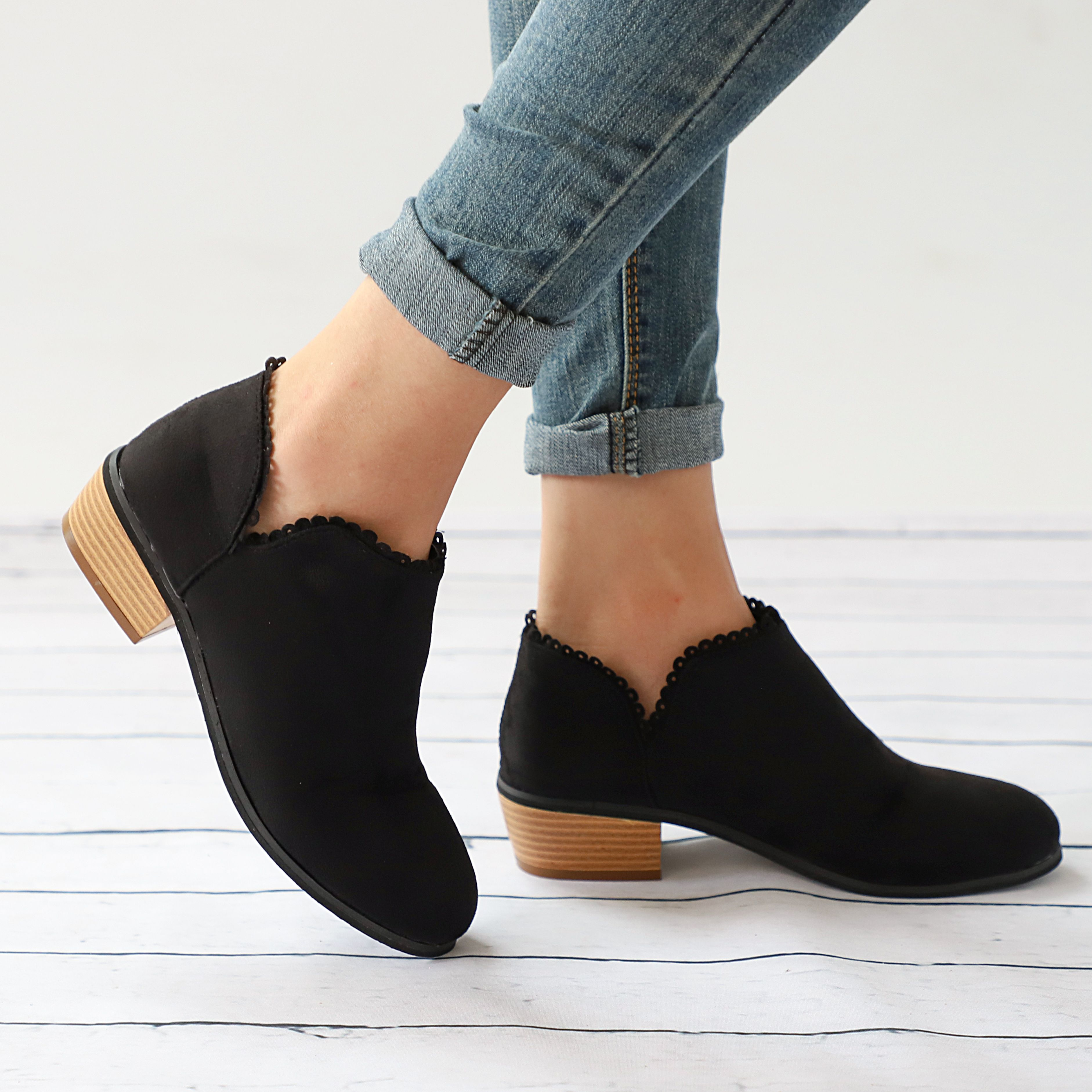 2ff0979f5a9 Women s Daily Comfortable Suede Chunky Heel Boots – Mollyca