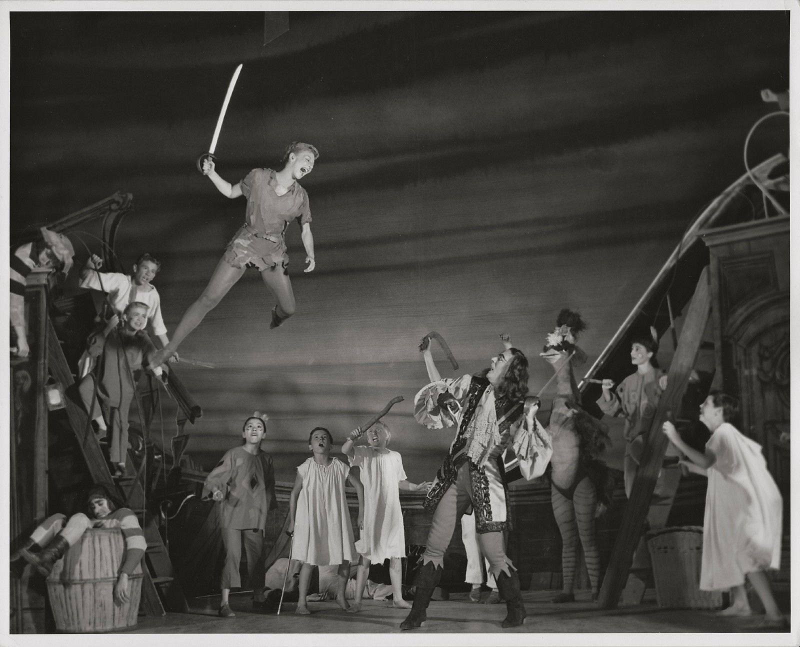 Mary Martin Flying Orig 1954 Broadway Photo From Peter Pan By John Engstead