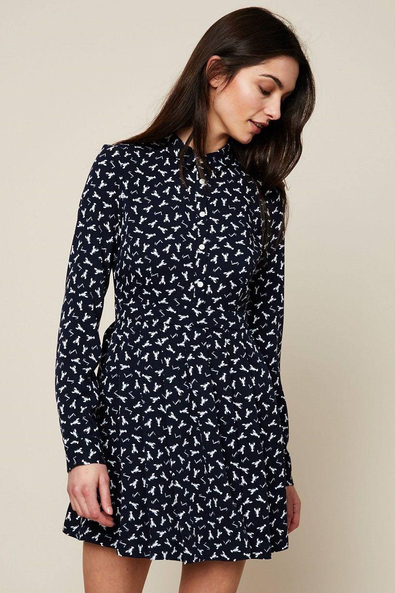 Tommy Jeans Robe plissée imprimé all over bleu pas cher prix Robe Femme  Monshowroom 109.00 € e35d3d398d03