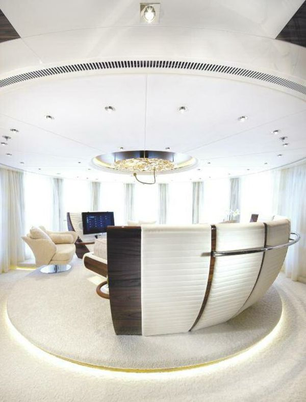 luxuriose innenausstattung yacht vive la vie, executive travel : the wealth advisory is an independent investment, Design ideen