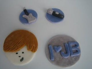 Justin Bieber fondant cupcake topper by D'vyne Confections