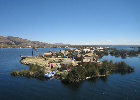 floating-islands-lake -titicaca4