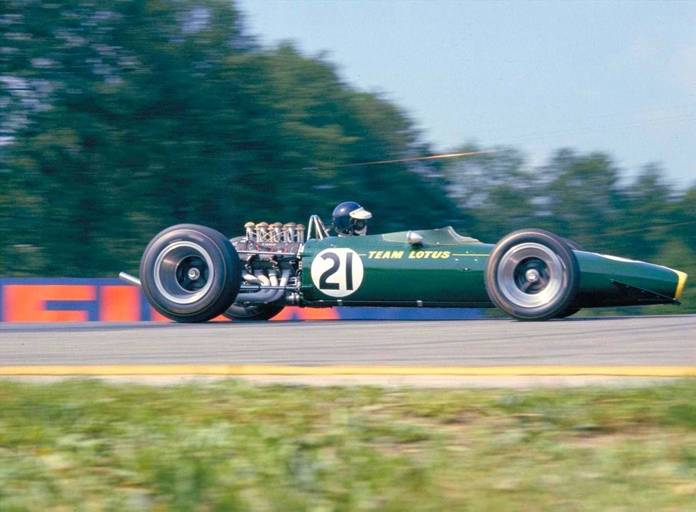 Simplicity and elegance, Jimmy Clark Lotus Ford 49 1967 | Vintage ...