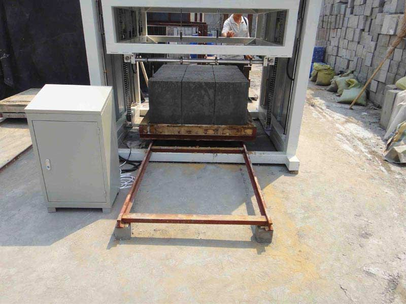 Clc foam concrete block wire cutting machine foam for Cement foam blocks