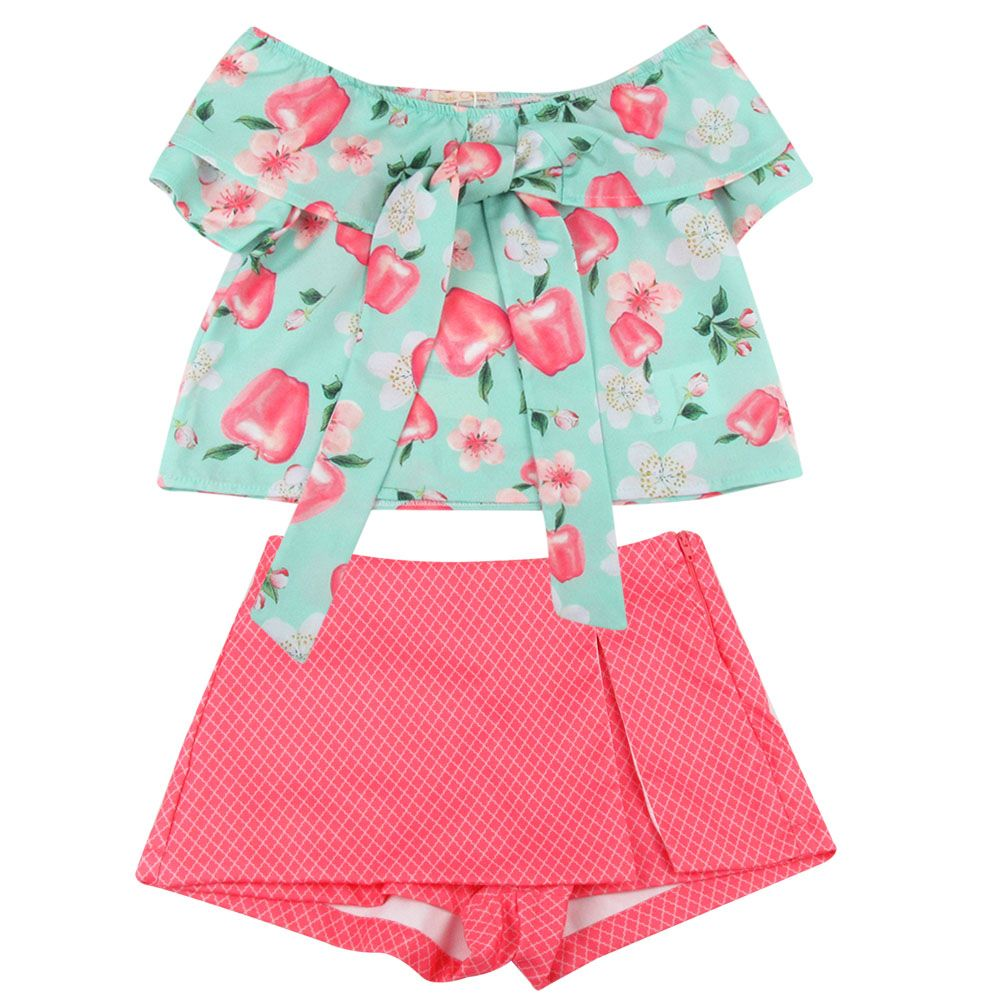 9c0f742a08 Conjunto Shorts Saia e Blusa Estampa Maçã - Verde Água - Petit Cherie -  Novo Bebe Mobile