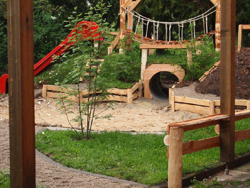 Spiellandschaft 1 Backyard Garden Playhouse Kids Garden