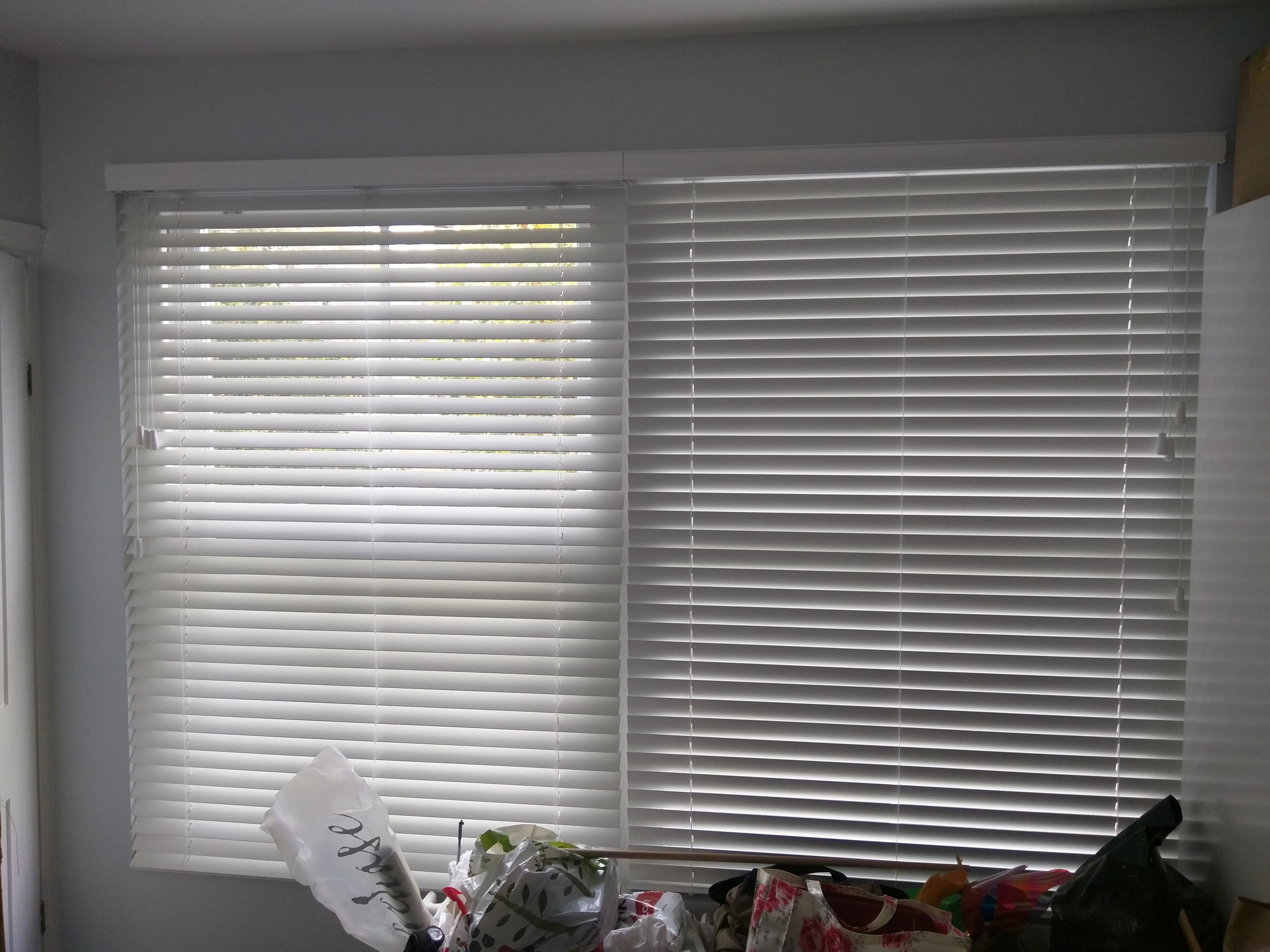 Wooden Venetian Blinds With Matching Strings Fitted To Bedroom Window In Islington Pure White Blinds Made T In 2020 Made To Measure Blinds Blinds Venetian Blinds