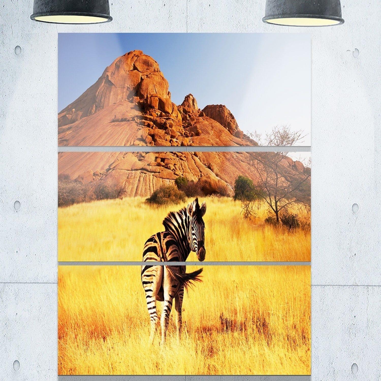 Designart \'Lonely Zebra in African Prairie\' African Glossy Metal ...