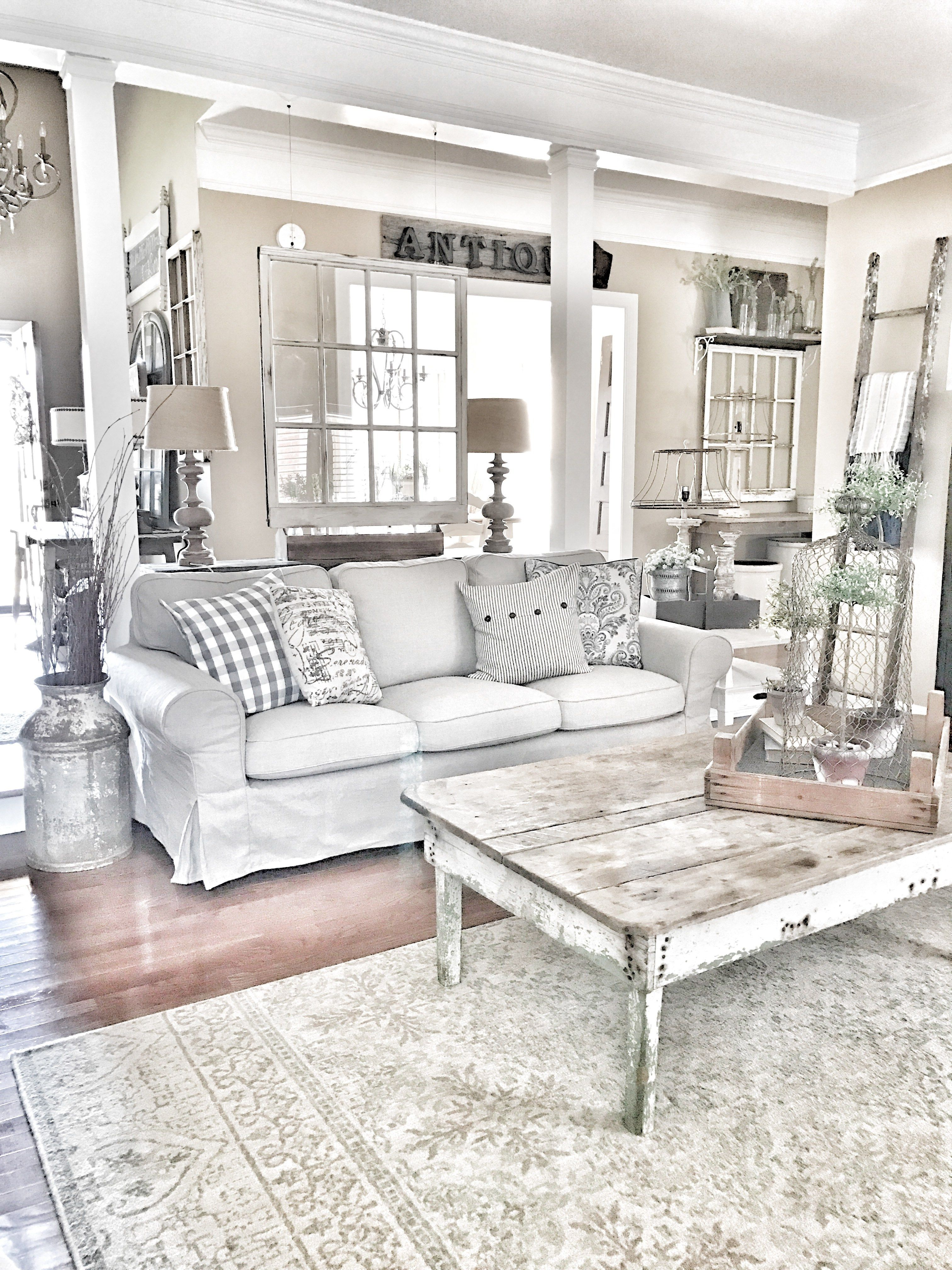 4 Farmhouse Living Room Maintenance Mistakes New Owners