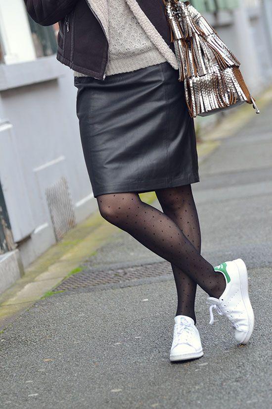 d74c32a37c34b Jupe cuir + pull + baskets … | Outfit en 2019…
