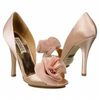 #love #shoes #nude