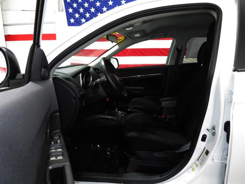 2015 Mitsubishi Outlander Sport ES 2.0 CVT Mitsubishi