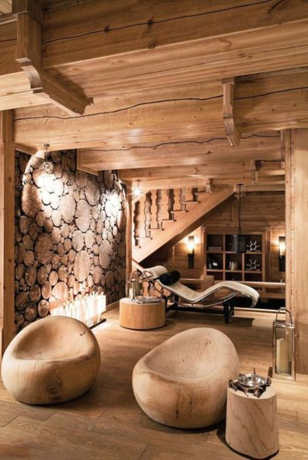 Beeindruckendes Wohnzimmer Mit Holzmöbeln