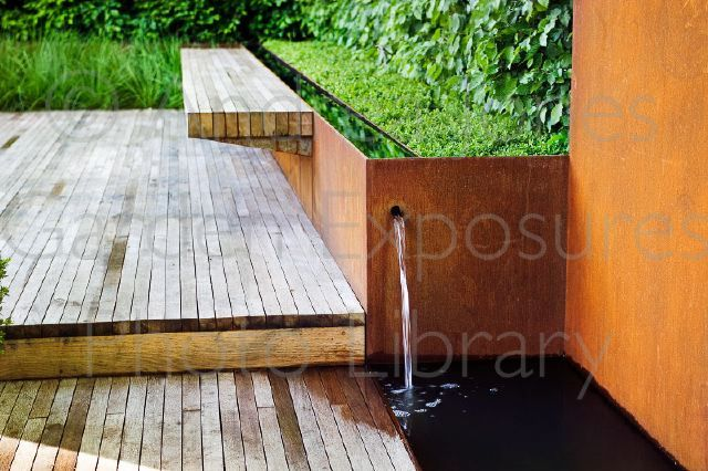 Rusted Corten Steel Raised Bed Amp Water Tank Feature Oak