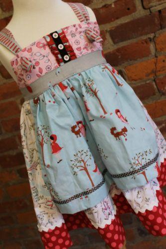 """""""la petite rouge"""" Knot Dress Size 4"""