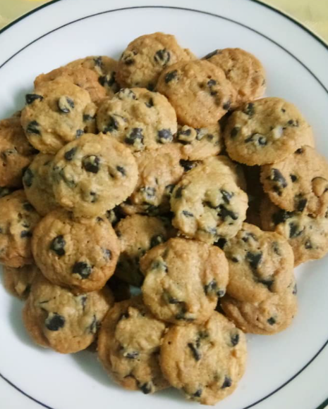 Resepi Mudah Chocolate Chip Famous Amos In 2020 Cokies Recipes Famous Amos Recipes