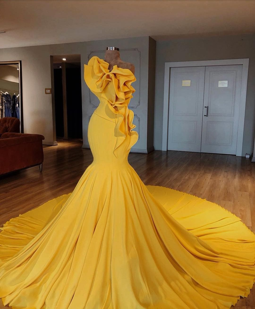 Dress to empress is full of beautiful and extravagant dresses