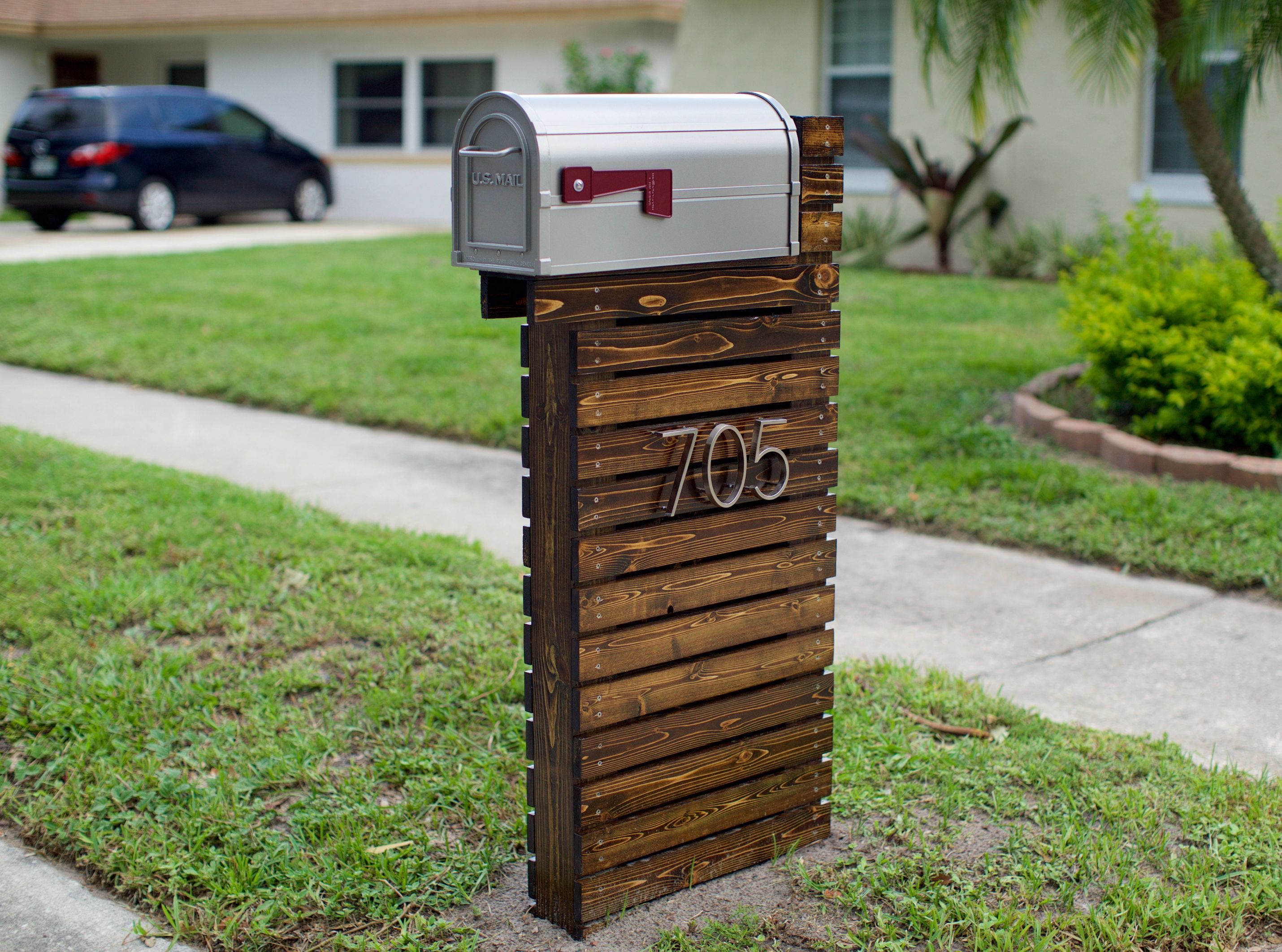 residential wood mailbox post diy project - Mailbox Design Ideas