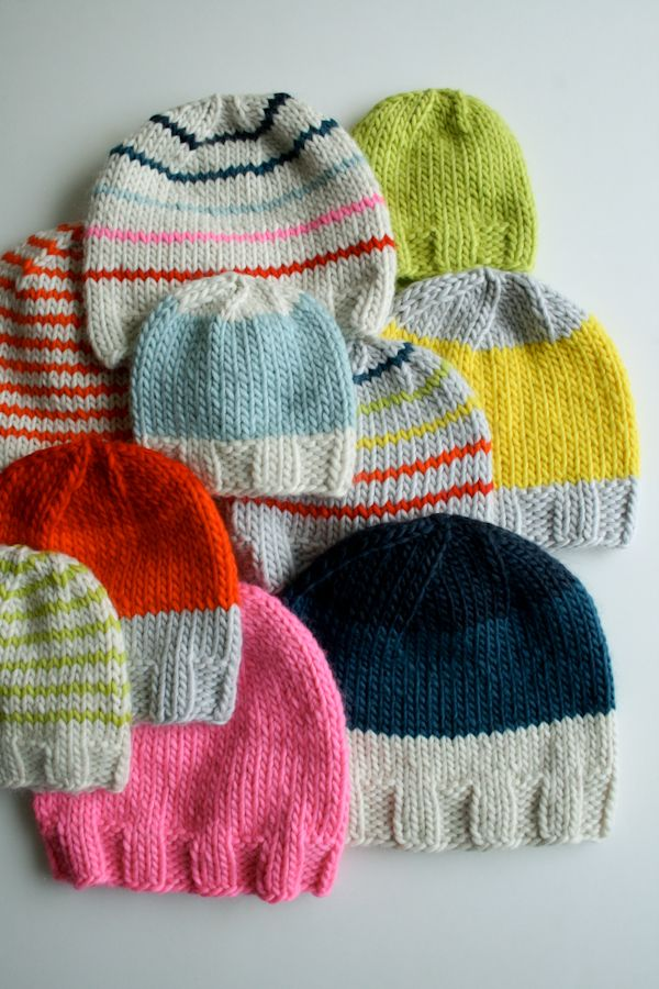 e7238eb22bec Knit Gift Ideas  5 FREE Hat Knit Patterns For Beginners + Sizes ...