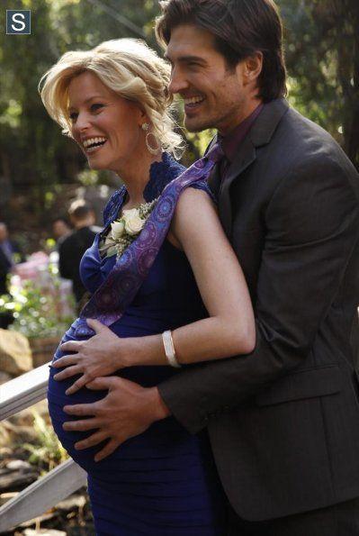 Modern Family Episode 5 23 The Wedding Part One Promotional Photos 10 Modern Family Episodes Modern Family Modern Family Season 5