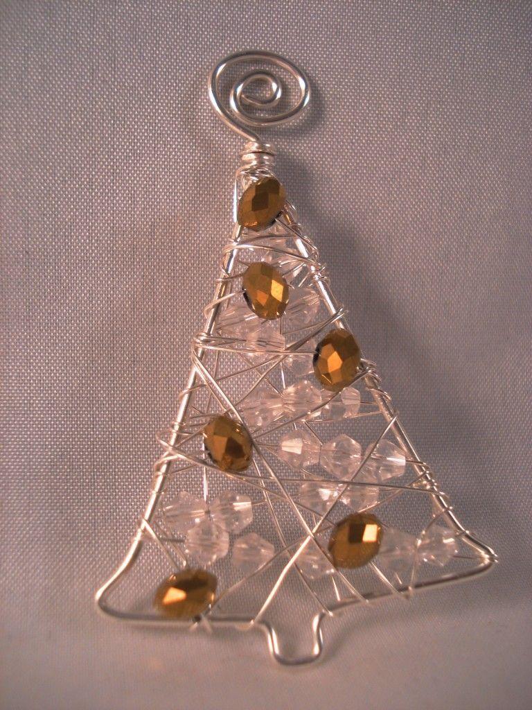 Enfeite De Arvore De Arame Frisado Arame Arvore Enfeite Wire Ornaments Beaded Christmas Ornaments Christmas Bead