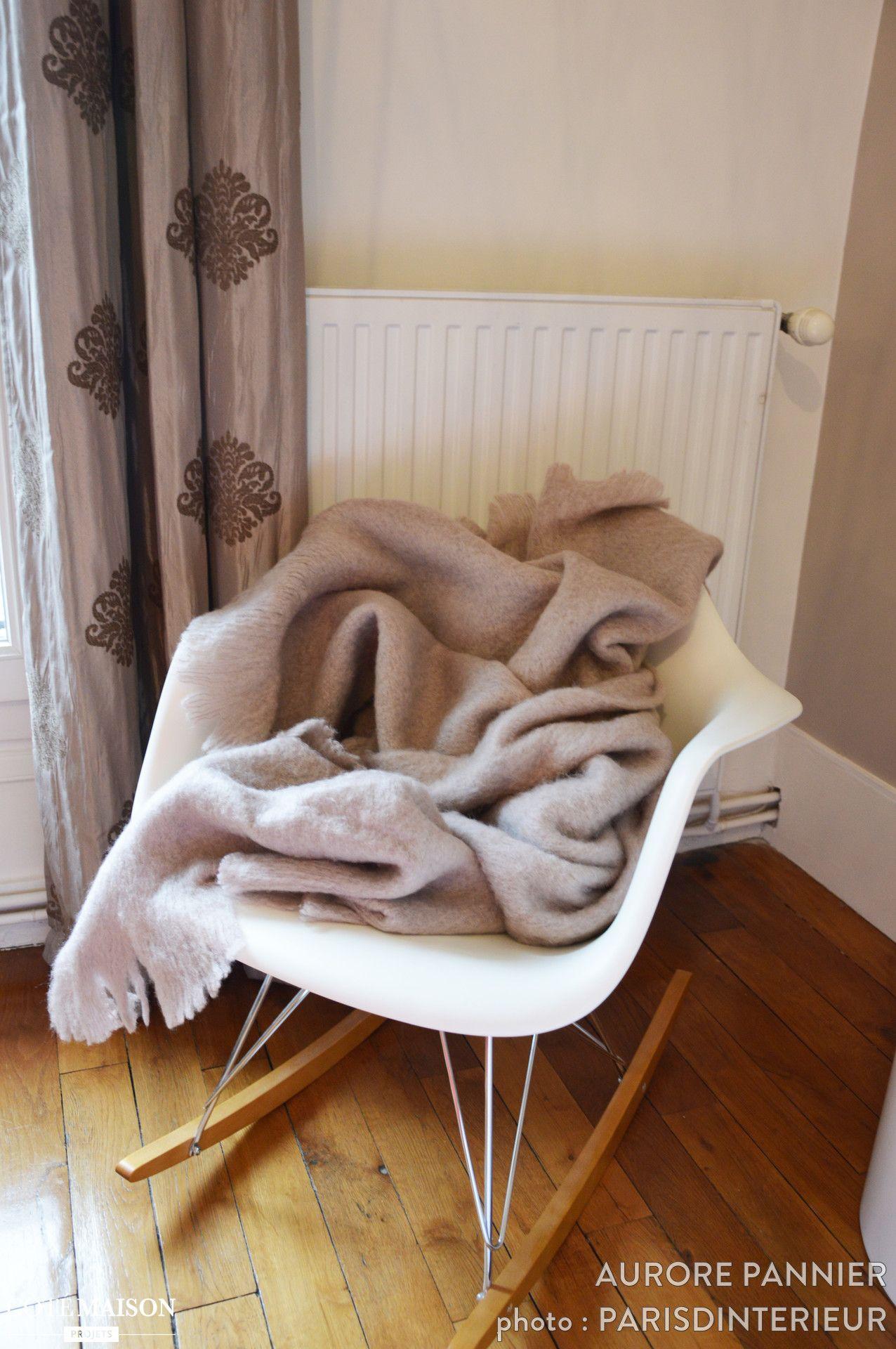 une couverture sur un rocking chair c 39 est un esprit cocooning assur cocooning pinterest. Black Bedroom Furniture Sets. Home Design Ideas
