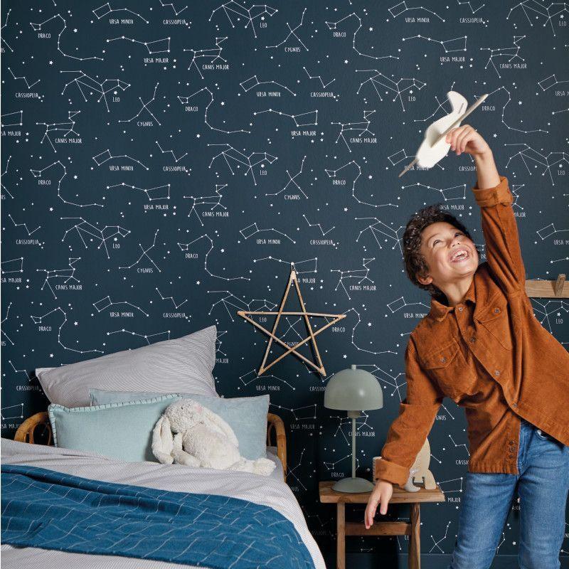 Papier peint à motif CONSTELLATIONS bleu nuit OUR