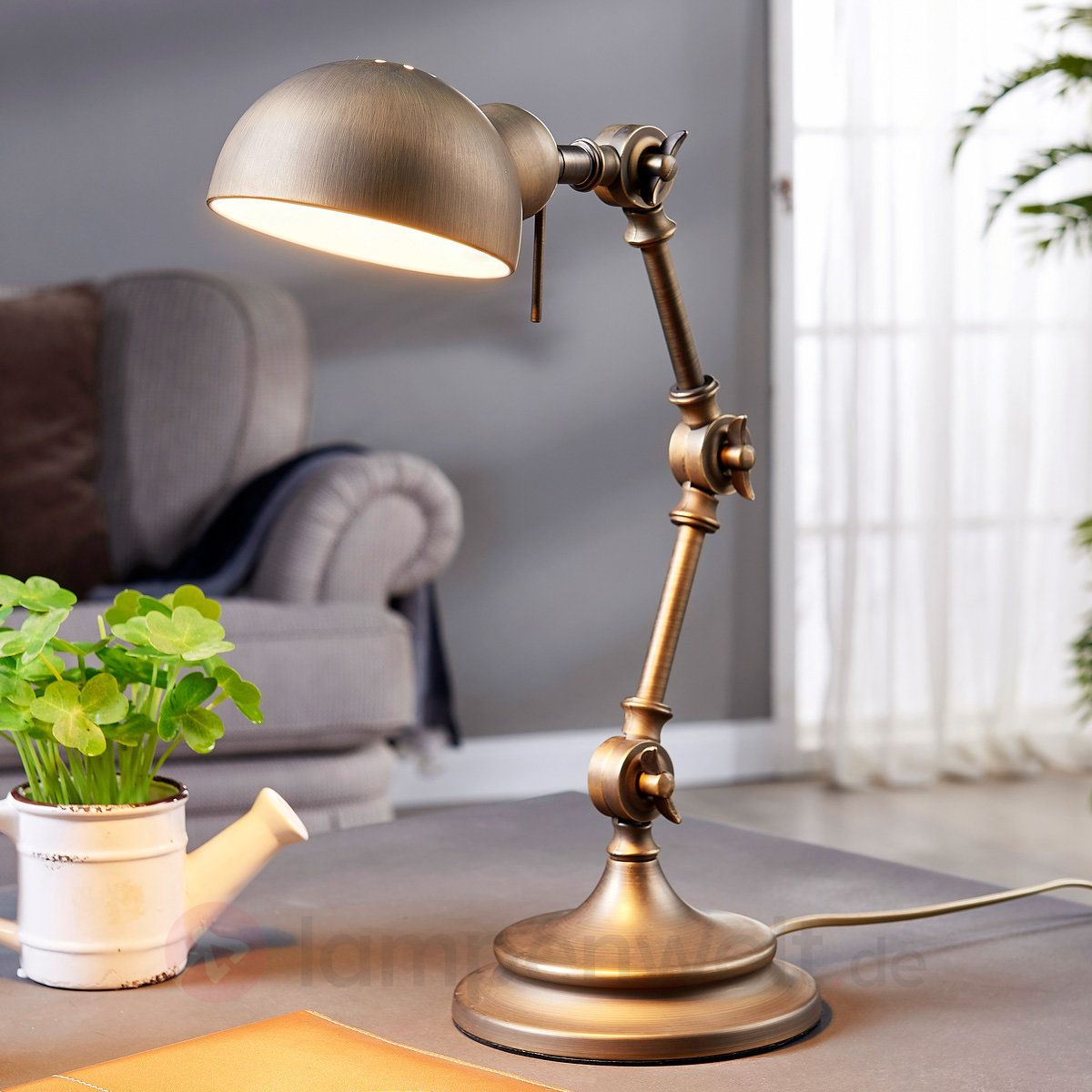 Schreibtischlampe Ellisen In Bronze Und Mit Details Im Industrial Style.  #industrial #vintage #