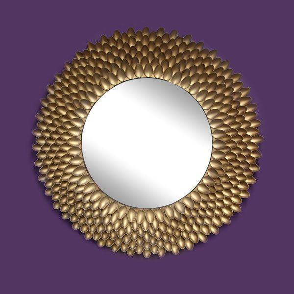 Diy sunburst mirror using plastic spoons diy for Decorative crafts mirrors