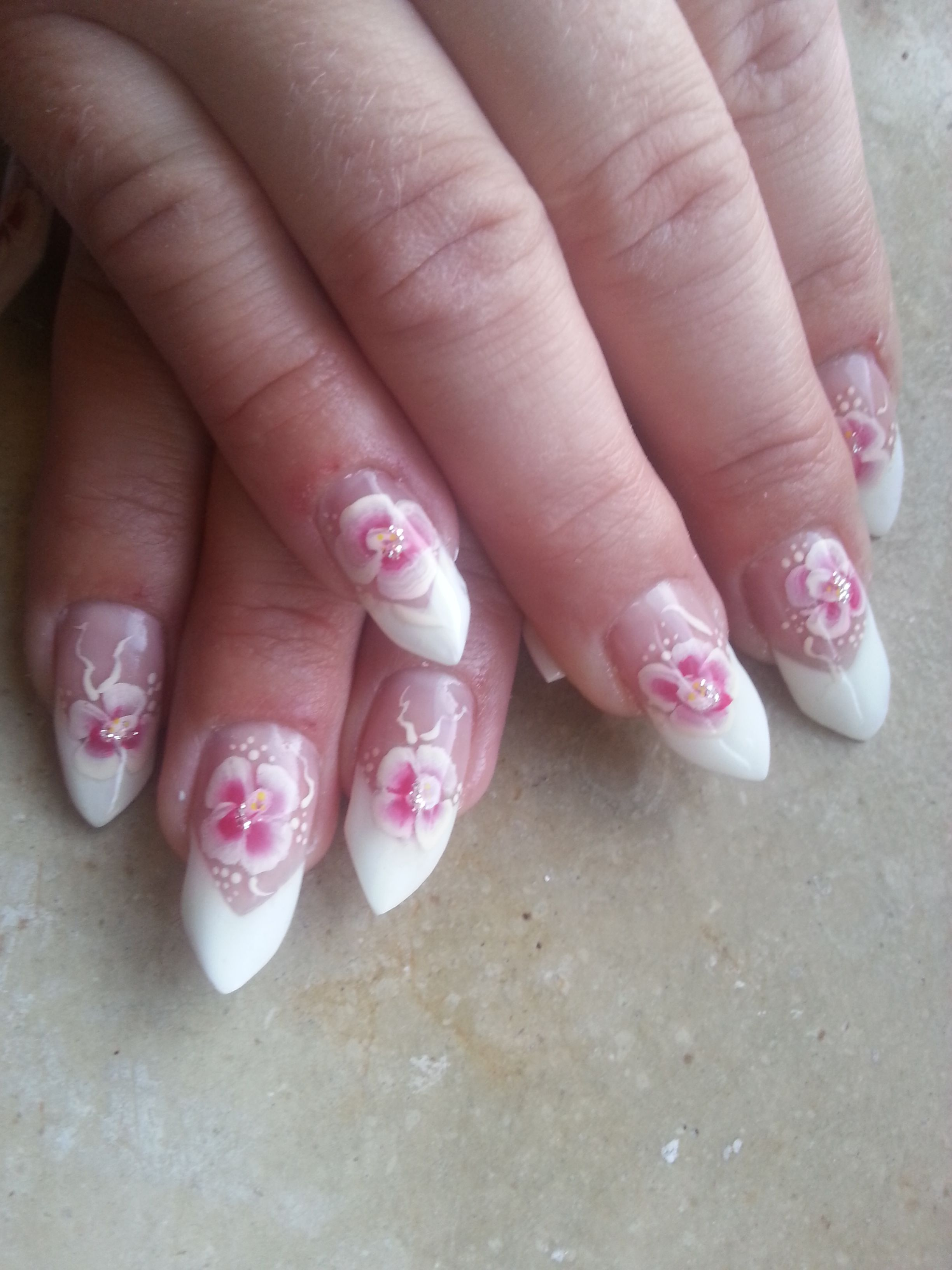 Nails by Georgina Herczeg from www.nageldesign-galerie.de | Nail Art ...