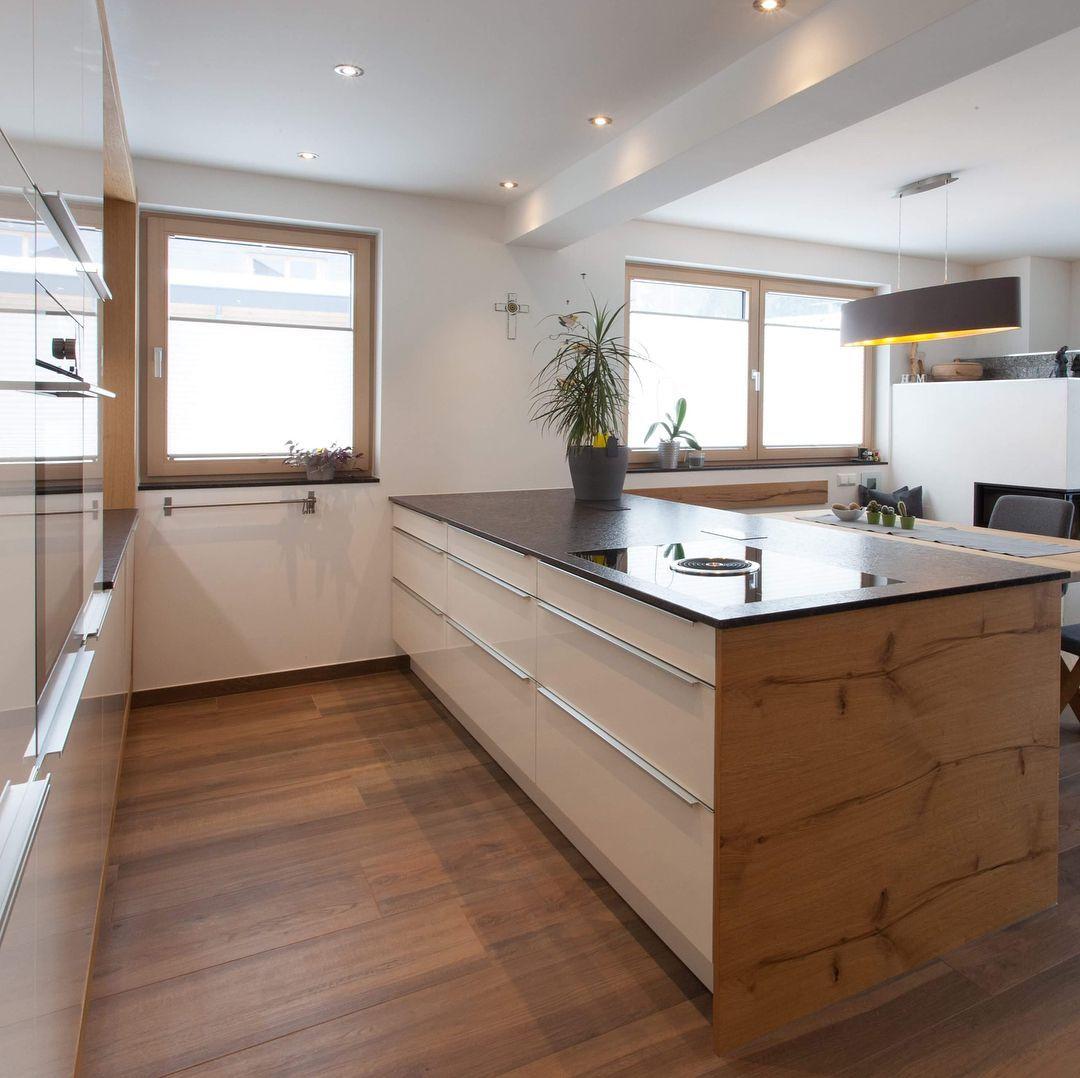 """@gfrerer_kuechen on Instagram: """"Projekt: Schwaiger/Pirchner, Saalfelden  #gfrererküchen #küchen #eiche #wooddesign #woodliving #homedesign #interiordesign #saalfelden…"""" #keukeninspiratie gfrerer_kuechen auf Instagram: """"Projekt: Schwaiger/Pirchner, Saalfelden #gfrererküchen #küchen #eiche #wooddesign #woodliving #homedesign #interiordesign #saalfelden…"""""""