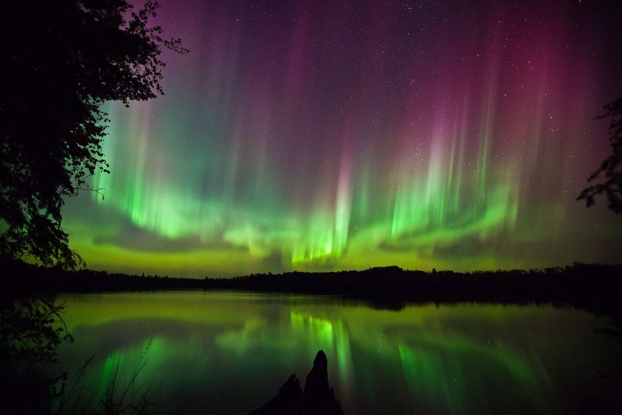 aurora borealis over tofte lake 4 northwoods minnesota