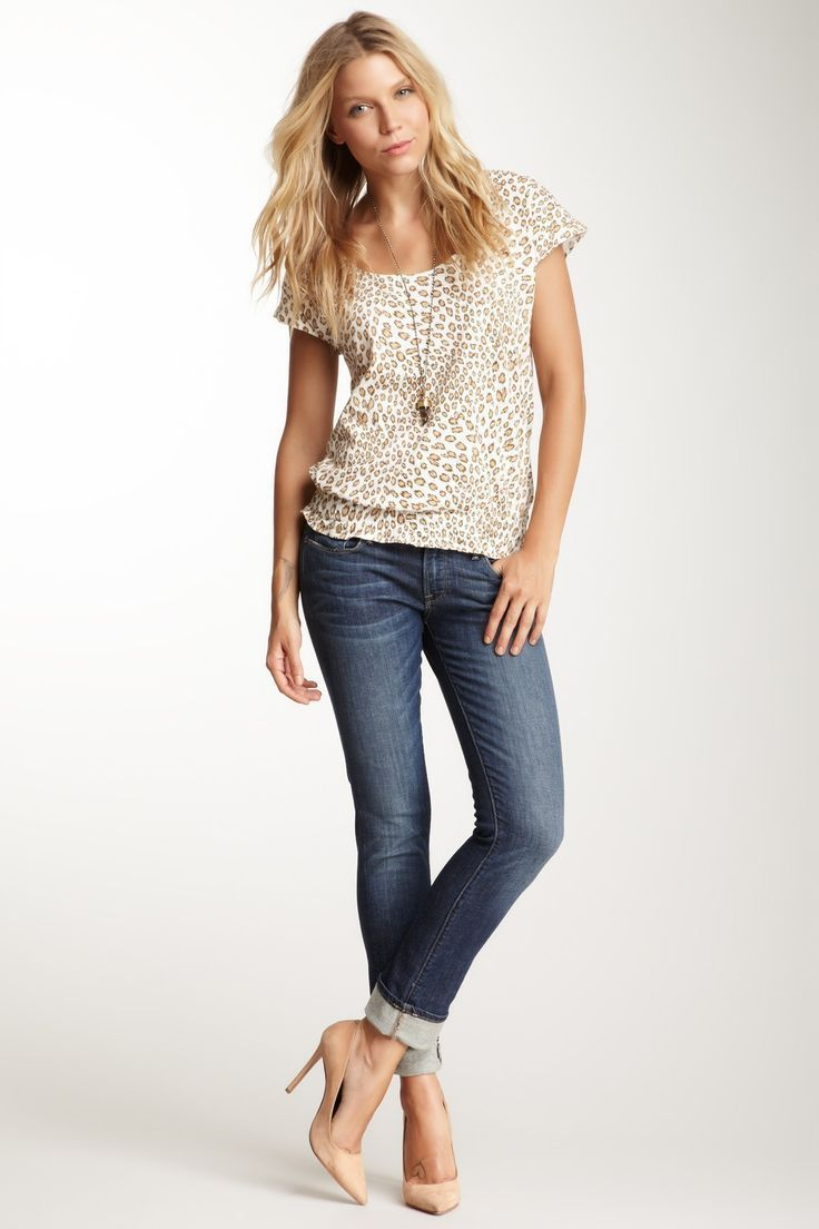 8dbf141291 skinny but not skin tight jeans