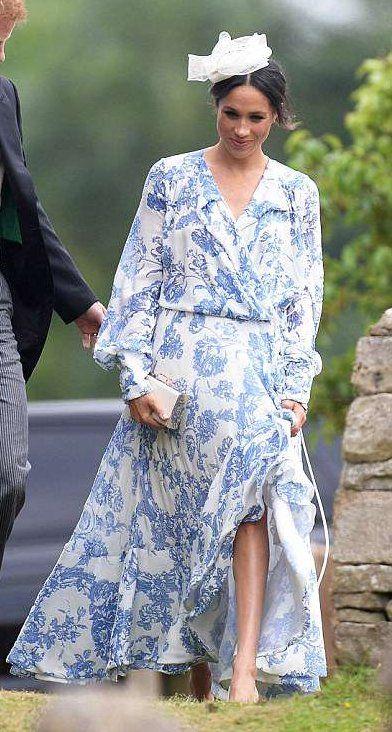 Meghan, Duchess of Sussex in Oscar de la Renta attends a ...