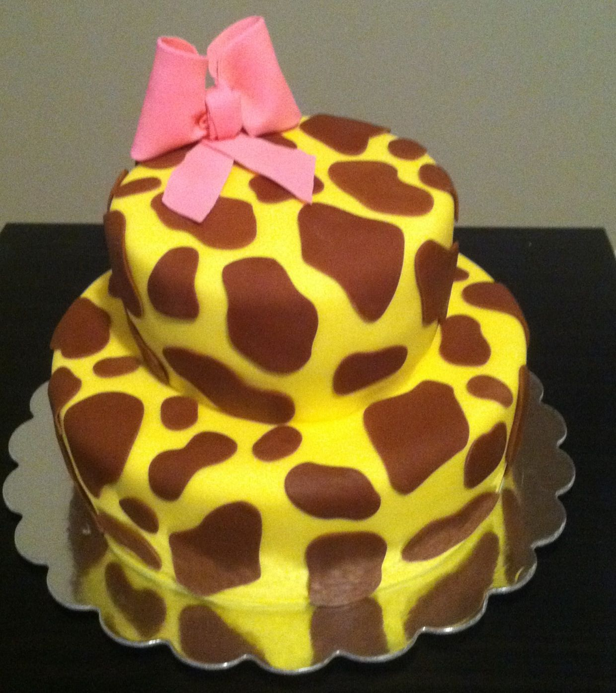 Giraffe Birthday Cake Birthday Birthdaycake Giraffe Nicole Dietz