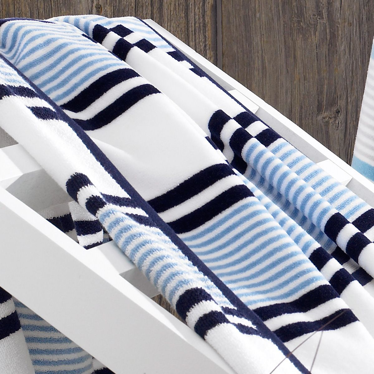 Piazza Di Spagna Luxury Beach Towel With Images Luxury Beach