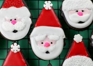 Santa-Clause-Cookies-Christmas-Cookies-Kawaii-Cookies-Kawaii-Food-Blog1_large.jpg