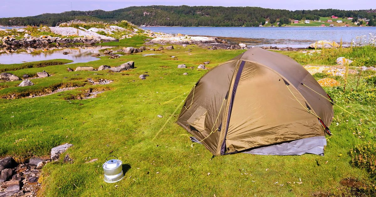 Re-waterproofing Your Tent Tips For Staying Dry This Season & Re-waterproofing Your Tent: Tips For Staying Dry This Season | The ...