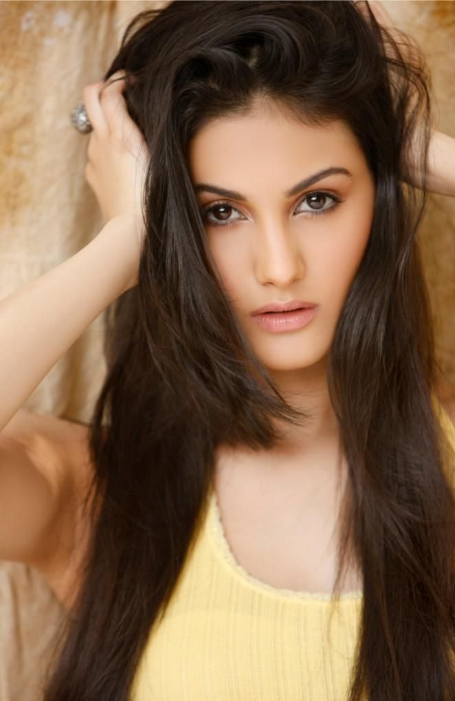Amyra Dastur Beauty At Its Best Beauty Long Hair Styles