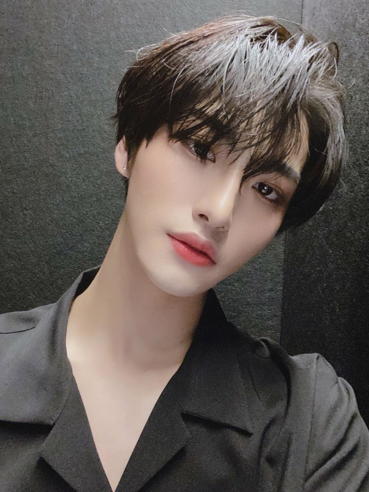 What Will Happen When Hongjoong Slips His Hands Somewhere He Shouldn Fanfiction Fan Fiction Amreading Books Wattpad Idol Kpop Kpop Idol