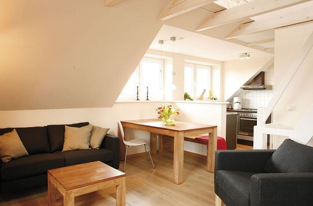 Wohnen und Essen in der Dachgeschosswohnung 7jpg 630×415 Pixel